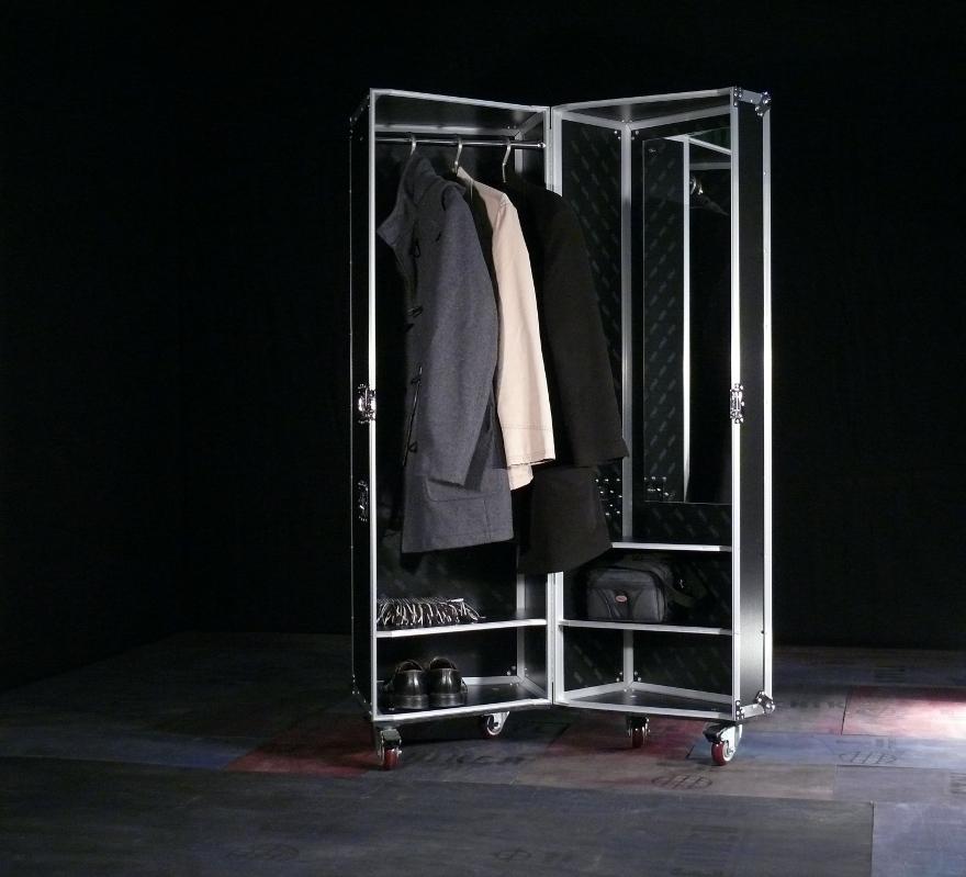 Bewegliche Garderobe
